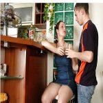 telefono-erotico-tia-sobrino-hot-0.jpg
