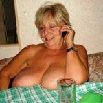 abuela-al-telefono-erotico-2.jpg