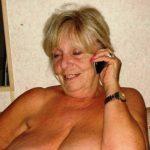 abuela-al-telefono-erotico-caliente-0.jpg
