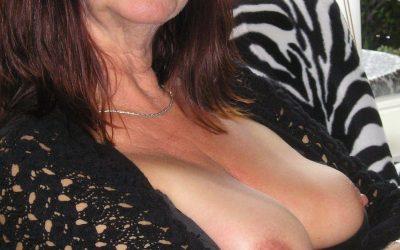 Linea erotica pasion de madura española